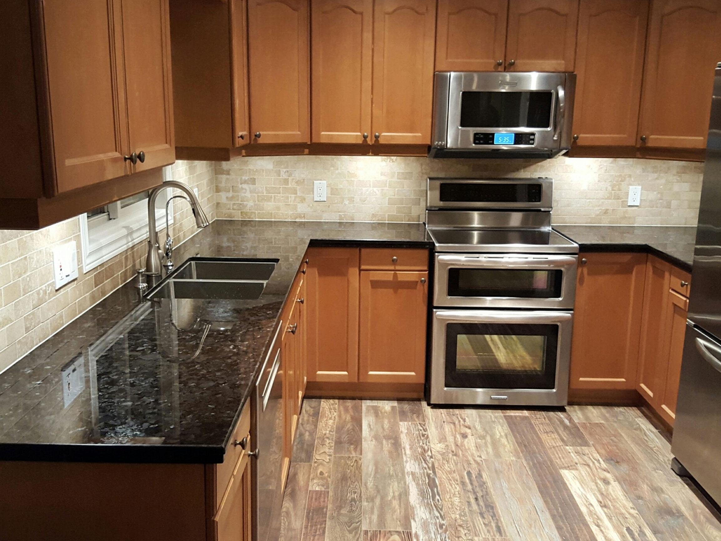 Kitchen Counter Backsplash After