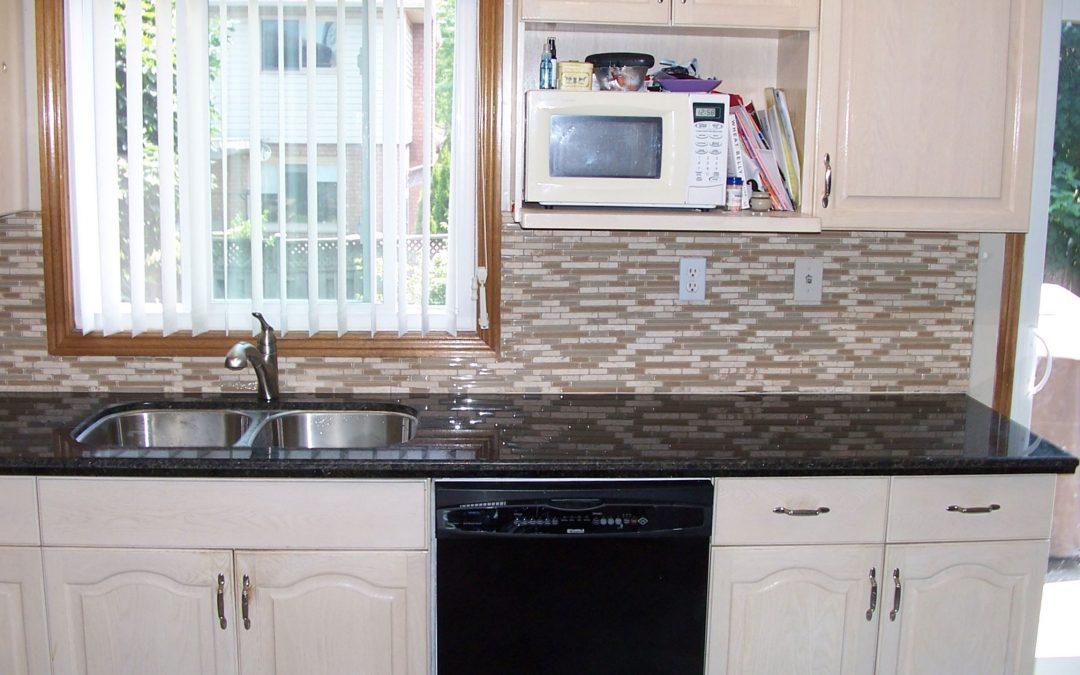 Kitchen Counters and Backsplash