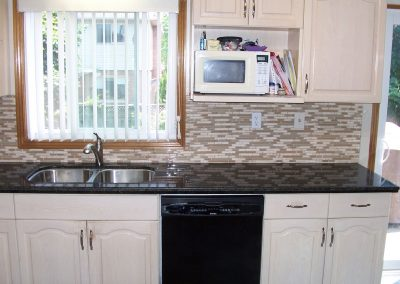 Kitchen Counters and Backsplash