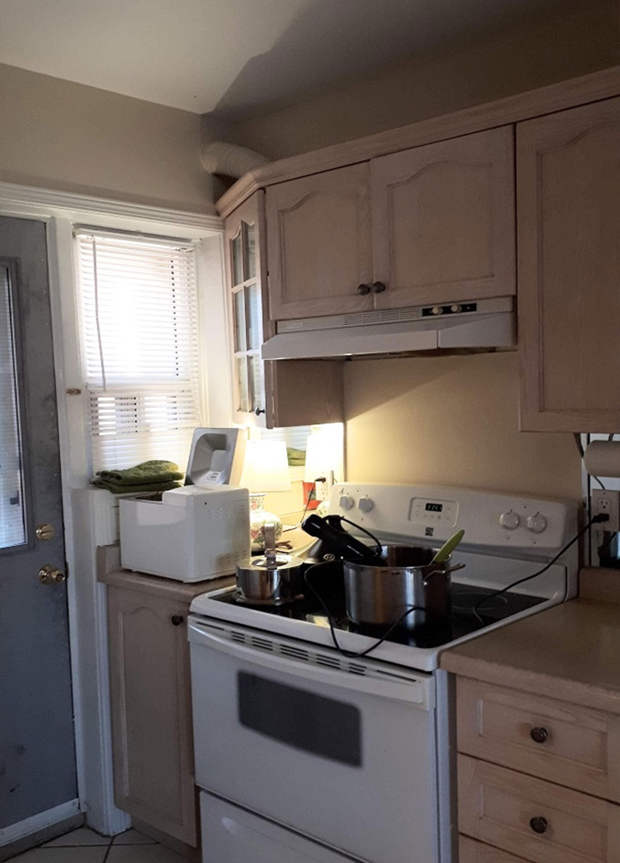 Vineland Street Kitchen Before 2
