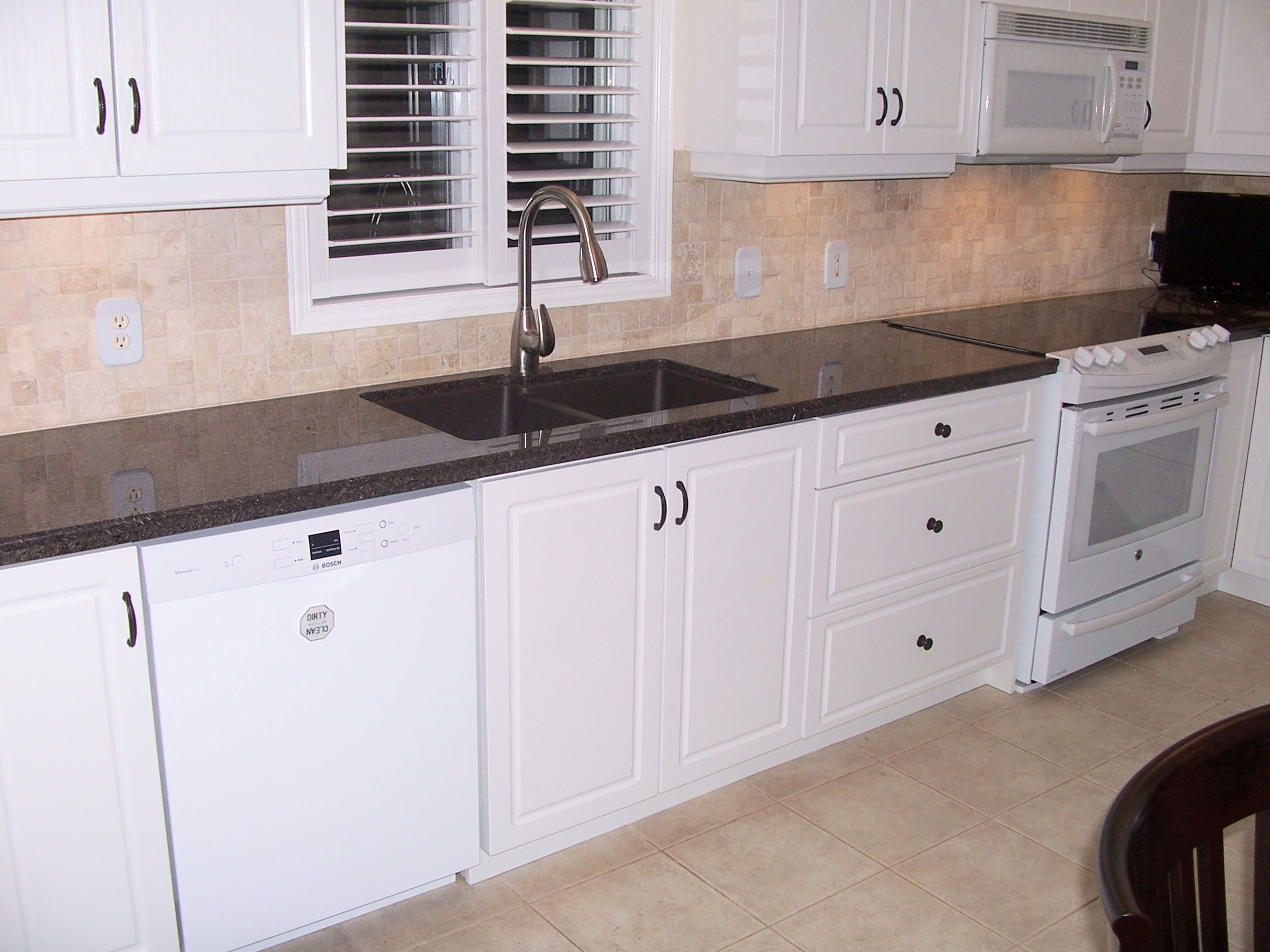 Refacing Cabinets After